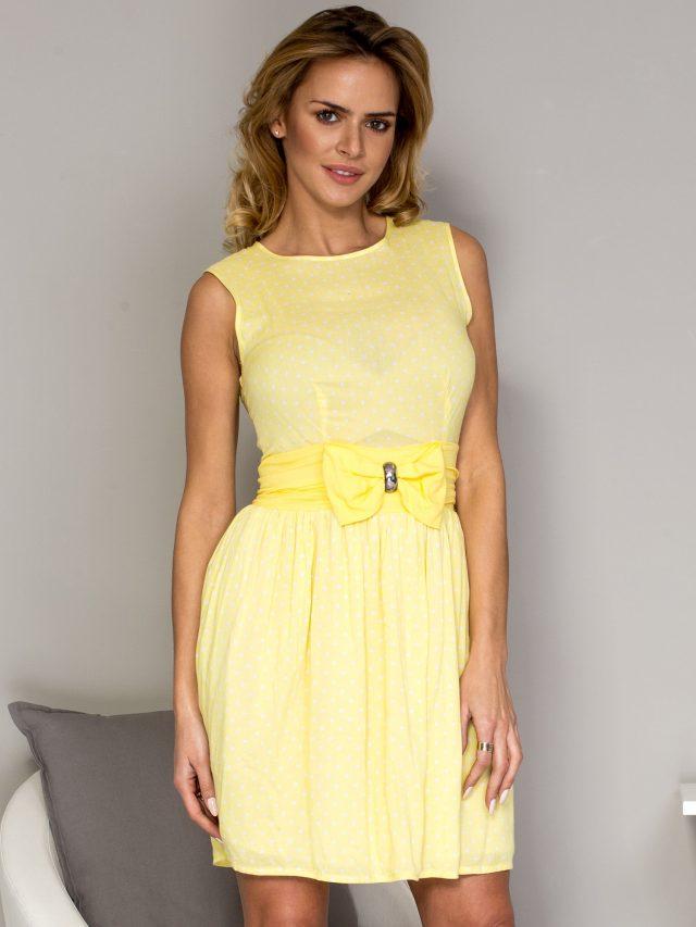 Jaką sukienkę kupić dla kobiety w wieku 30+?